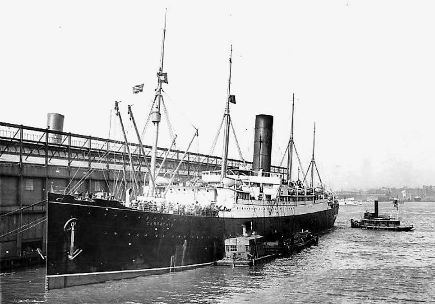 Carpathia à New York avec rescapés du Titanic