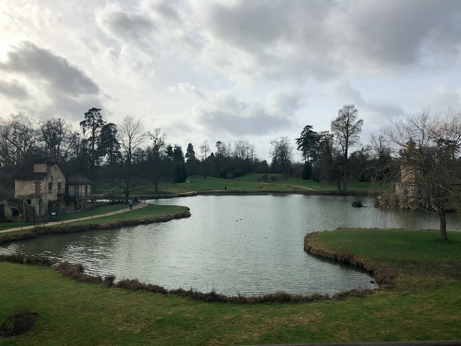 vue lac hameau de la reine
