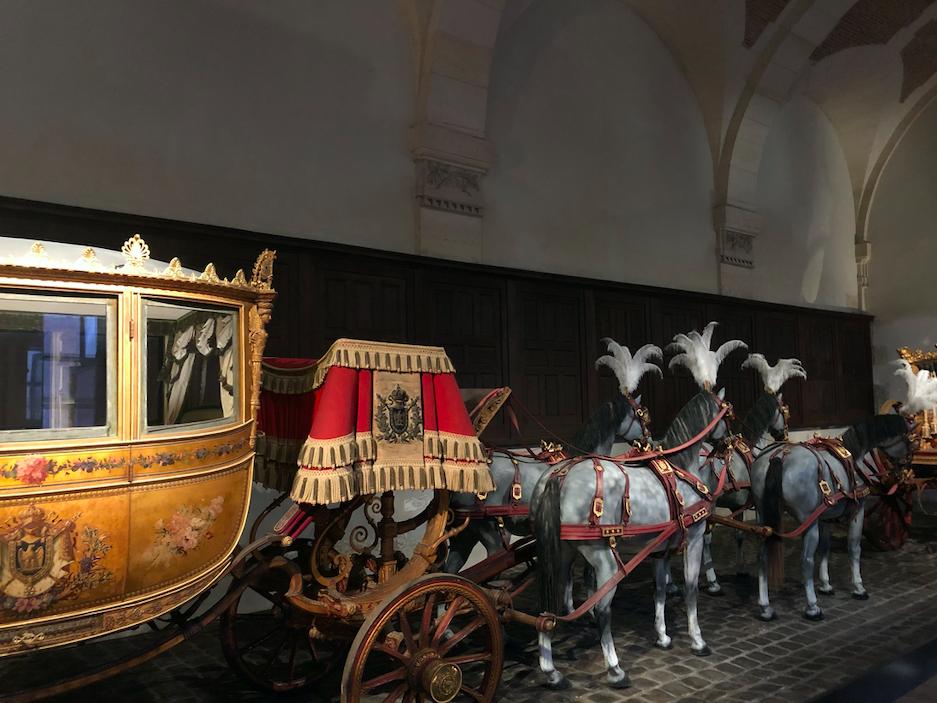 Carrosse et chevaux à Versailles