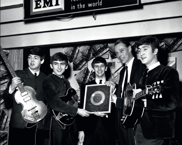 Beatles-noir-et-blanc-Hulton-Deutsch-Collection-Corbis-Corbis-via-Getty-Image