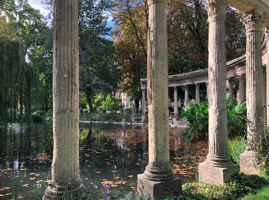 Parc Monceau, colonnes