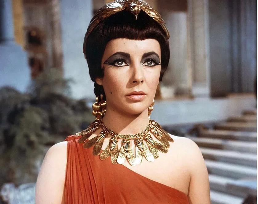 Elizabeth Taylor en Cléopâtre